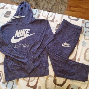 Nike purple matching hoodie and sweatpants